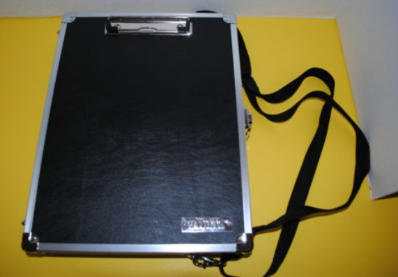 Vaultz Locking Vz00151 Clipboard With Carrying Strap